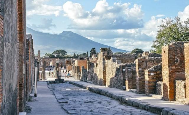 Музеят на погребания от вулкан Помпей отваря отново след десетилетия