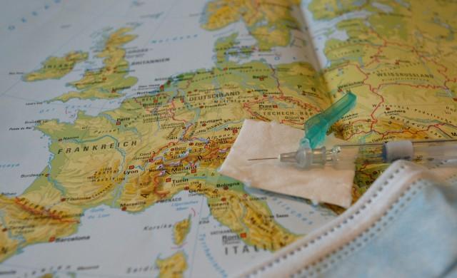 Франция и Чехия затварят границите си заради COVID-19