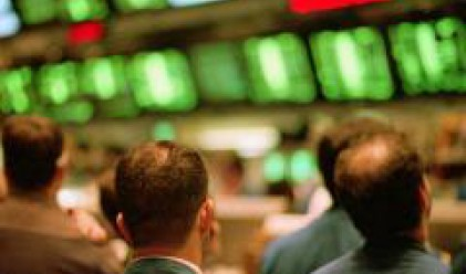 Инвеститорите в очакване на първите сделки при Сток плюс и Домокат
