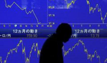 Спадът на щатските индекси повлече и азиатските