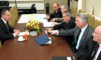 Станишев: Първи приоритет за нас е сигурността на контингентите ни в Косово
