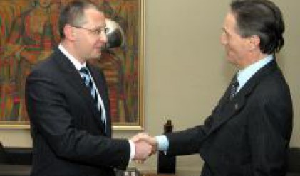 Срещата на върха на НАТО в Букурещ трябва да даде силен позитивен сигнал към Украйна и Грузия