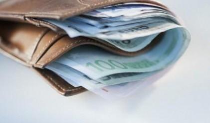 Месечните спестявания на домакинствата с 2 г. максимум