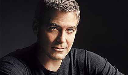 Клуни продава имението си в Италия