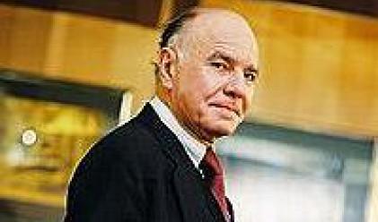 Фабер: Внимавайте с акциите и облигациите