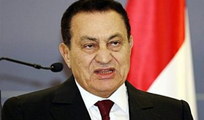 Мубарак и семейството му са напуснали Кайро