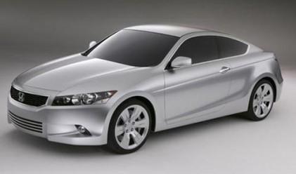Honda изтегля 700 000 коли заради проблем с двигателя