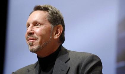Шефът на Oracle печели по 213 000 долара на ден