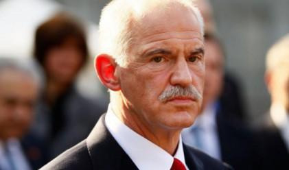 Разследват Папандреу за дефицита през 2009 г.