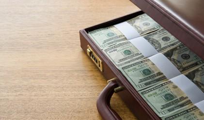 371 човека декларираха доходи от над 100 000 лв. за 2011 г.