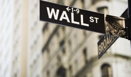 Позитивни макроикономически данни подкрепиха биковете на Уол Стрийт