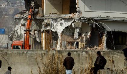 Лобното място на Осама рухна