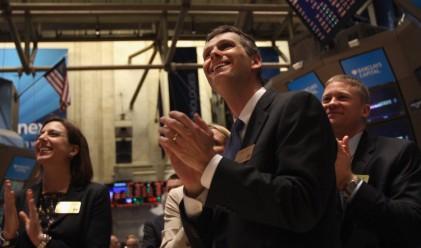 Dow затвори над 13 000 за пръв път от 2008 г. насам