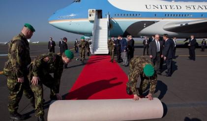 Самолетът на Обама излиза ужасно скъпо на данъкоплатците