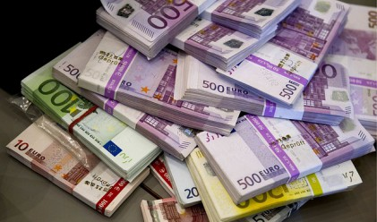 Необичайни места у дома, където се крият пари