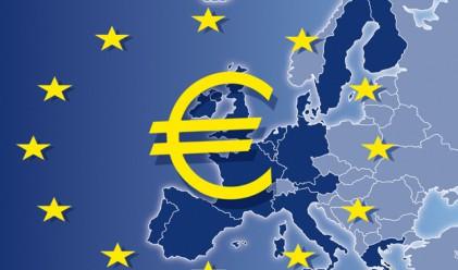 Бизнес активността в еврозоната с 13-месечен минимум