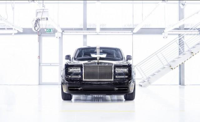 Rolls-Royce показа на олигарсите прощален Phantom