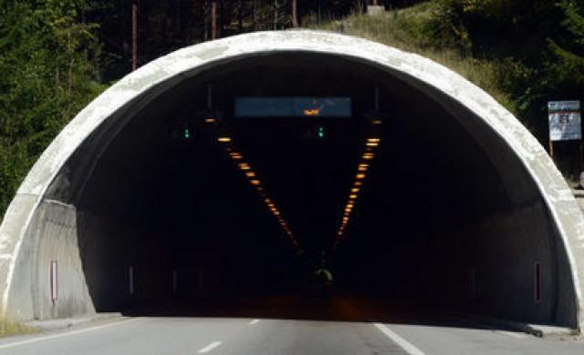 24-часов режим на работа в тунел Ечемишка