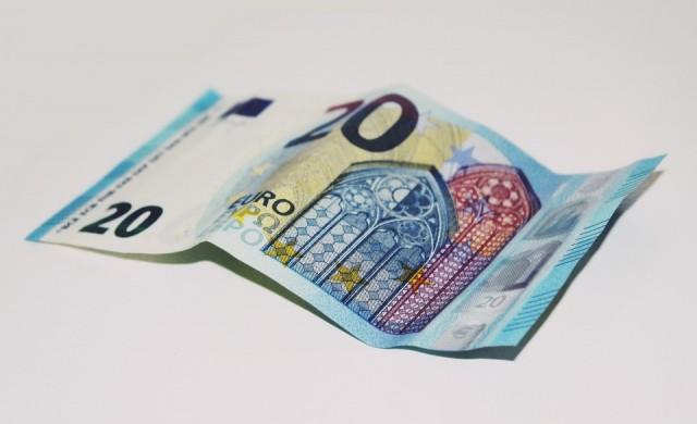 БСП иска да увеличи данъците на богатите, те са само 7 хил.