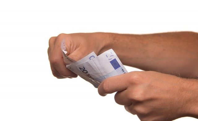 България отново на дъното в ЕС по минимална заплата