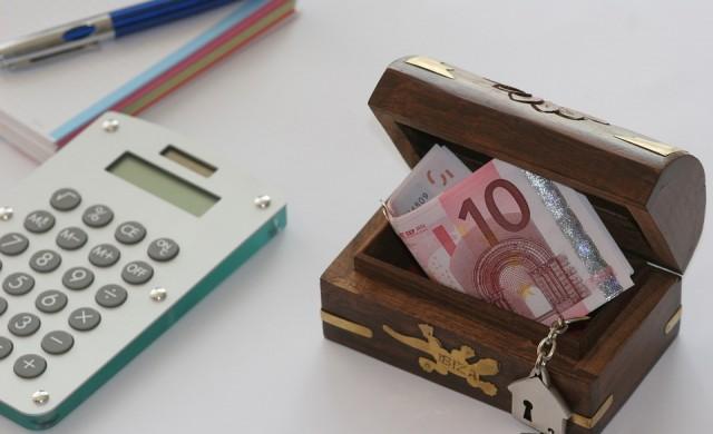 Защо декември е слаб месец за банковата система у нас