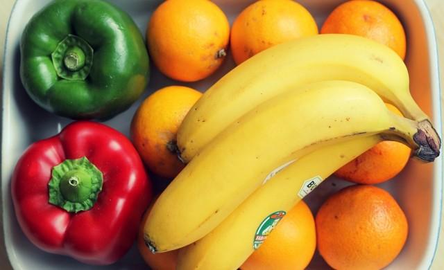 Какво означава стикерът, залепен на плода, който ядеш?