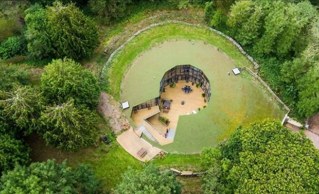Необичайна къща, издигната в бивш воден резервоар