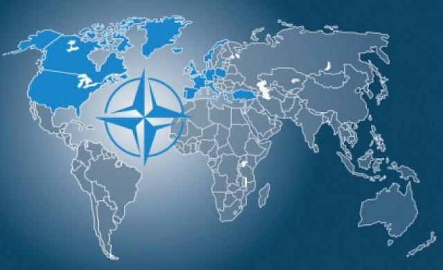 Американският вицепрезидент: Европа не отделя достатъчно за НАТО