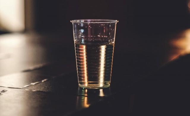 Изтеглят от пазара експлодиращи бутилки с безалкохолно