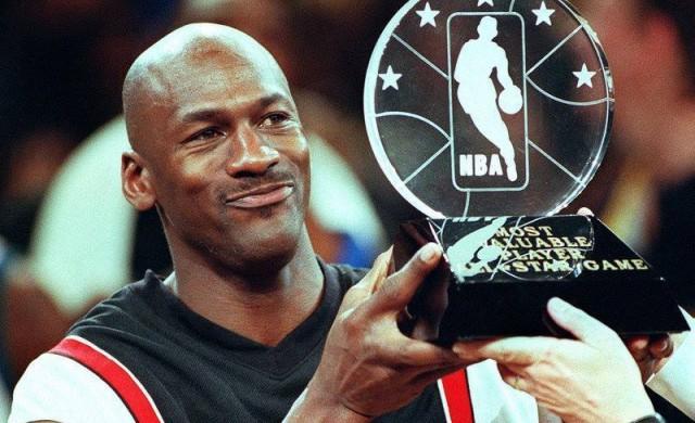 Без Майкъл Джордан в топ 25 на най-добре платените в НБА