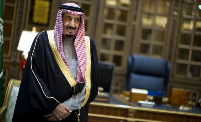 Саудитският крал ще пътува с багаж от 506 тона до Индонезия