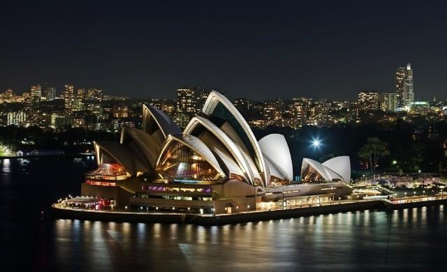 Австралия затяга правилата за чужди инвеститори заради Китай