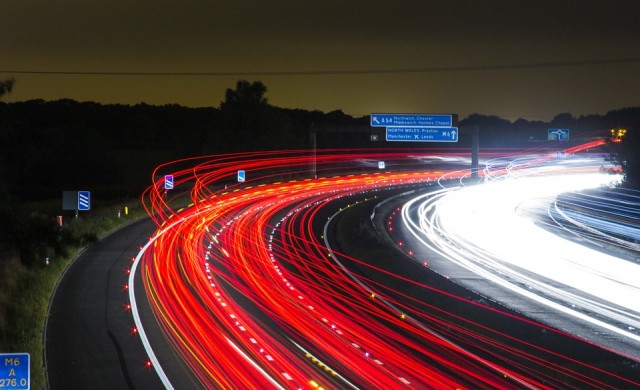 95-метрова дупка зейна на магистрала в Германия (снимка)