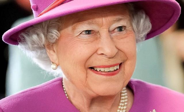 Всичко, което кралицата яде и пие за закуска, обяд и вечеря
