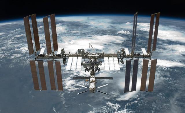 Тръмп иска да приватизира Международната космическа станция