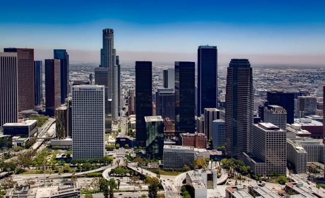 Повечето градове биха приветствали милиардер, но не и него