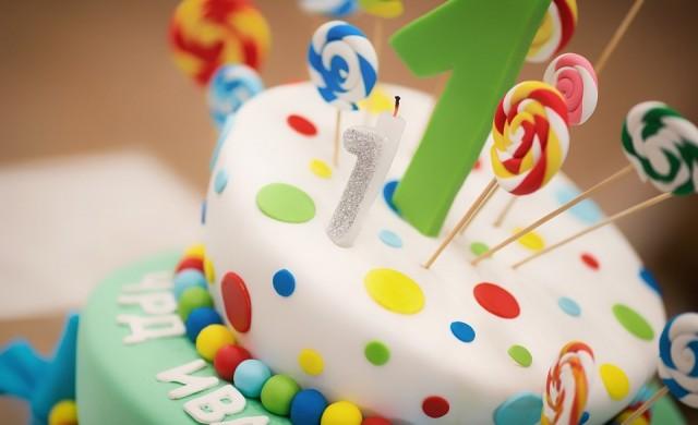 Как децата по света празнуват рождените си дни?