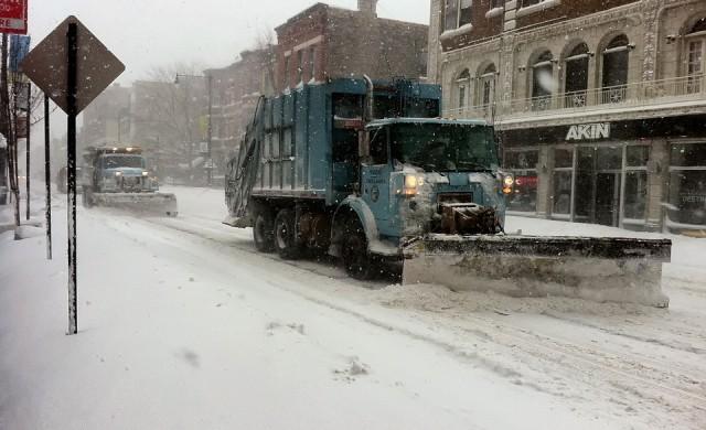 Снегорини влязоха по улиците и в кварталите в София