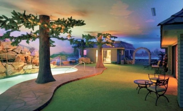 Най-странният имот в света се продава за 18 млн. долара