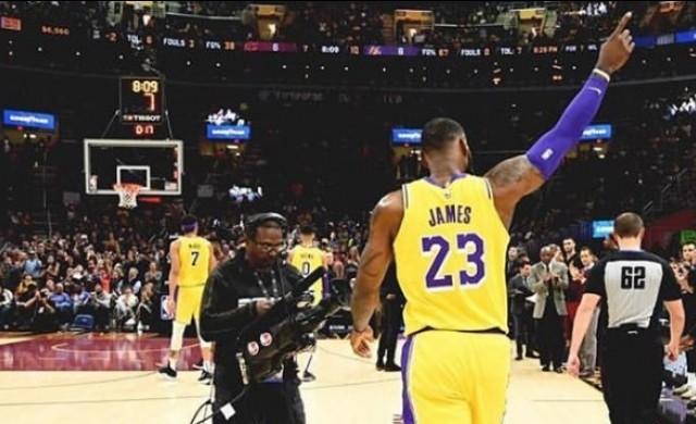 Топ 10 на най-високоплатените звезди в NBA за 2019 г.