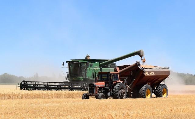 Дълговете на американските фермери рязко се покачват