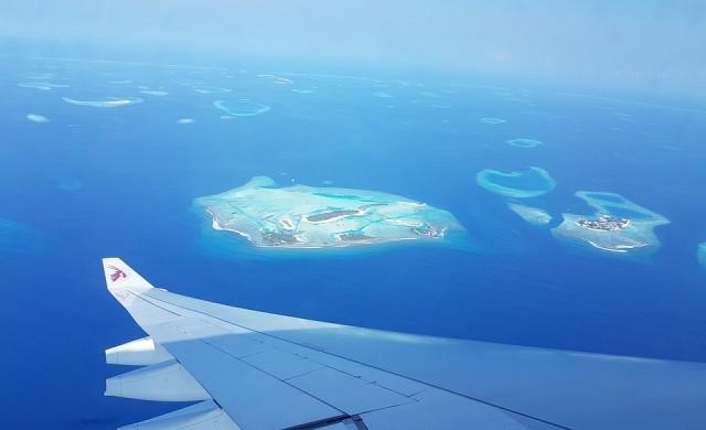 Арестуваха туристка на Малдивите, била по бански