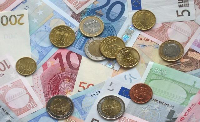 Колко още може да поевтинее еврото?