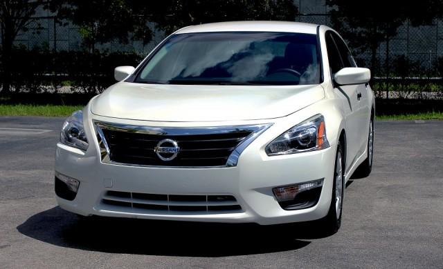 Нова услуга на Nissan позволява да сменяме колата всеки ден