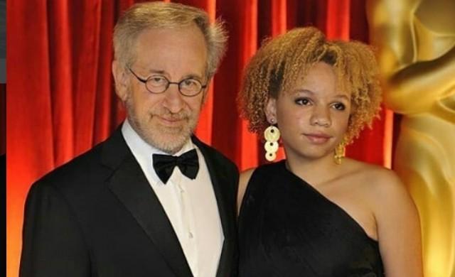Дъщерята на Стивън Спилбърг ще става порноактриса
