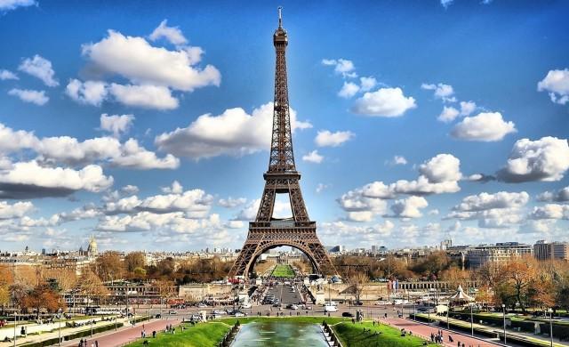 Между 30 и 40% спад на туристите във Франция заради коронавируса