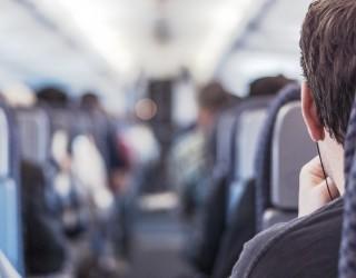 Авиокомпания слага легла в икономична класа (снимки)