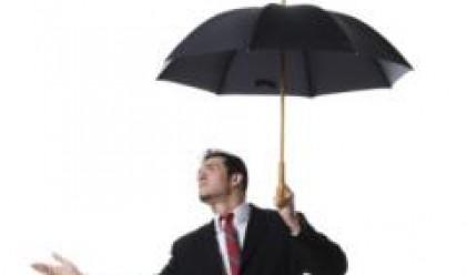 Силният вятър и обилните дъждове причиниха щети на много места в страната