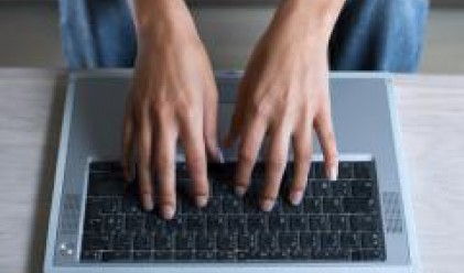 Електронна трудова борса за ученици стартира на панаира на тренировъчните фирми
