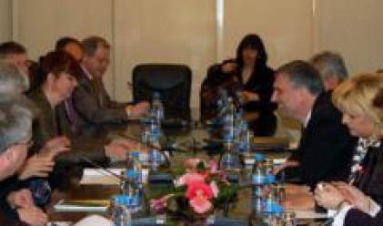 Калфин се срещна представители на Комисията по международна търговия в ЕП